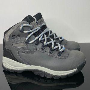 Columbia Women's Hiking Boot, Size 7